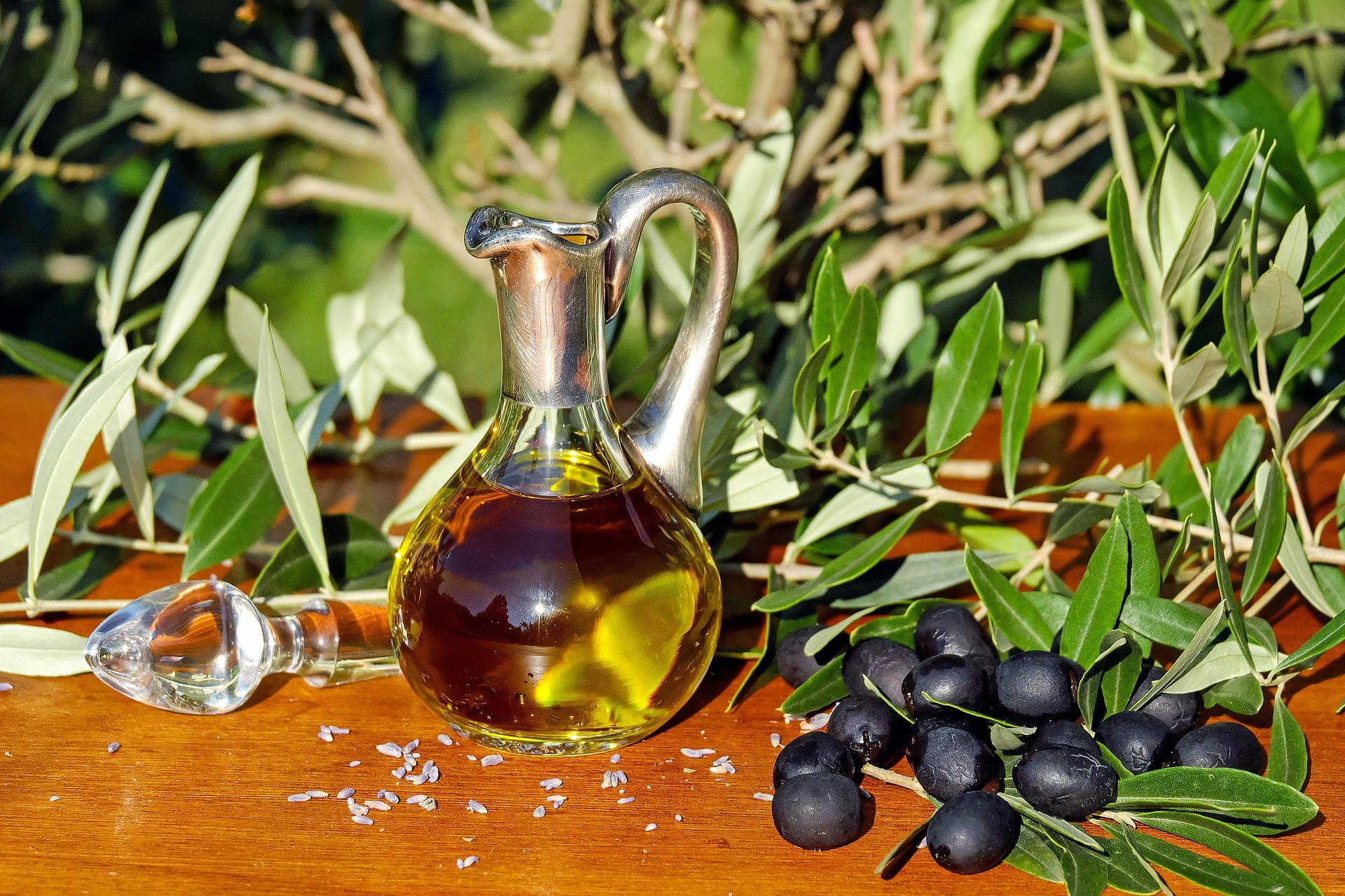 Haare mit Olivenöl pflegen